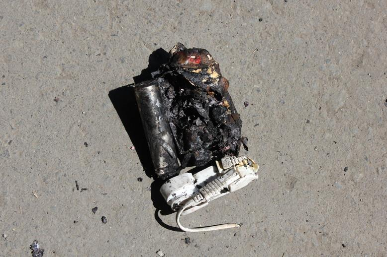 火事 モバイル バッテリー